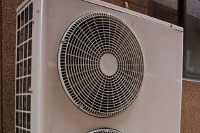 Air and ground source heat pumps for business