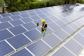 Business and commercial renewable energy